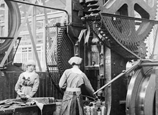 the history of labor in america and its role in the industrial revolution The industrial revolution in part was fueled by the economic necessity of many women, single and married, to find waged work outside their home.
